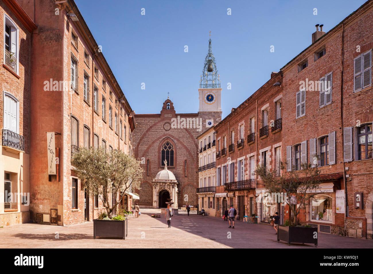 Ort Leon Gambetta und den Dom Basilika St. Johannes der Täufer, Perpignan, Languedoc-Roussillon, Pyrenees-Orientale, Stockbild