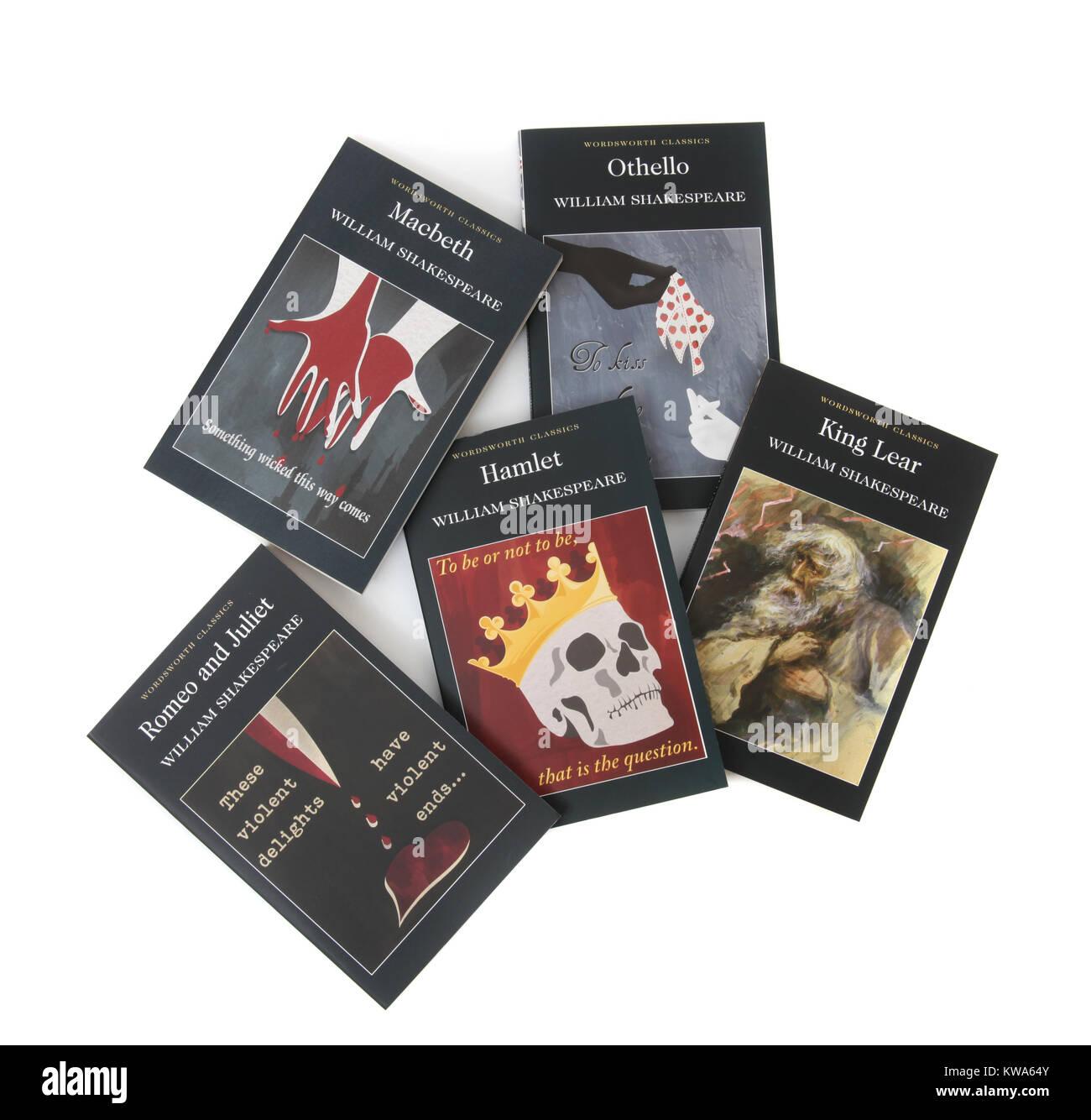 Eine Sammlung von William Shakespeare Bücher einschließlich Hamlet, Othello, King Lear, Macbeth und Romeo Stockbild