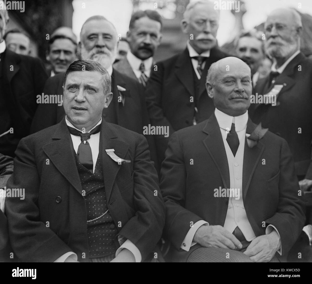 Charles M. Schwab und Elbert, Gary, C. 1900-1905. 1901, Schwab und Gary kam Andrew Carnegie und J.P. Morgan bei Stockbild