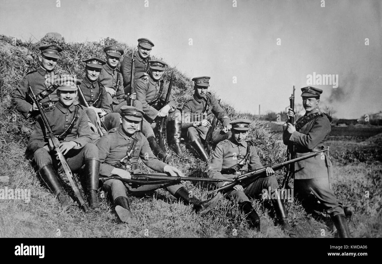 Weltkrieg 1 in Ostasien. Einige der 3.000 deutschen Verteidiger von Tsingtao, eine deutsche Kolonie beschlagnahmt Stockbild