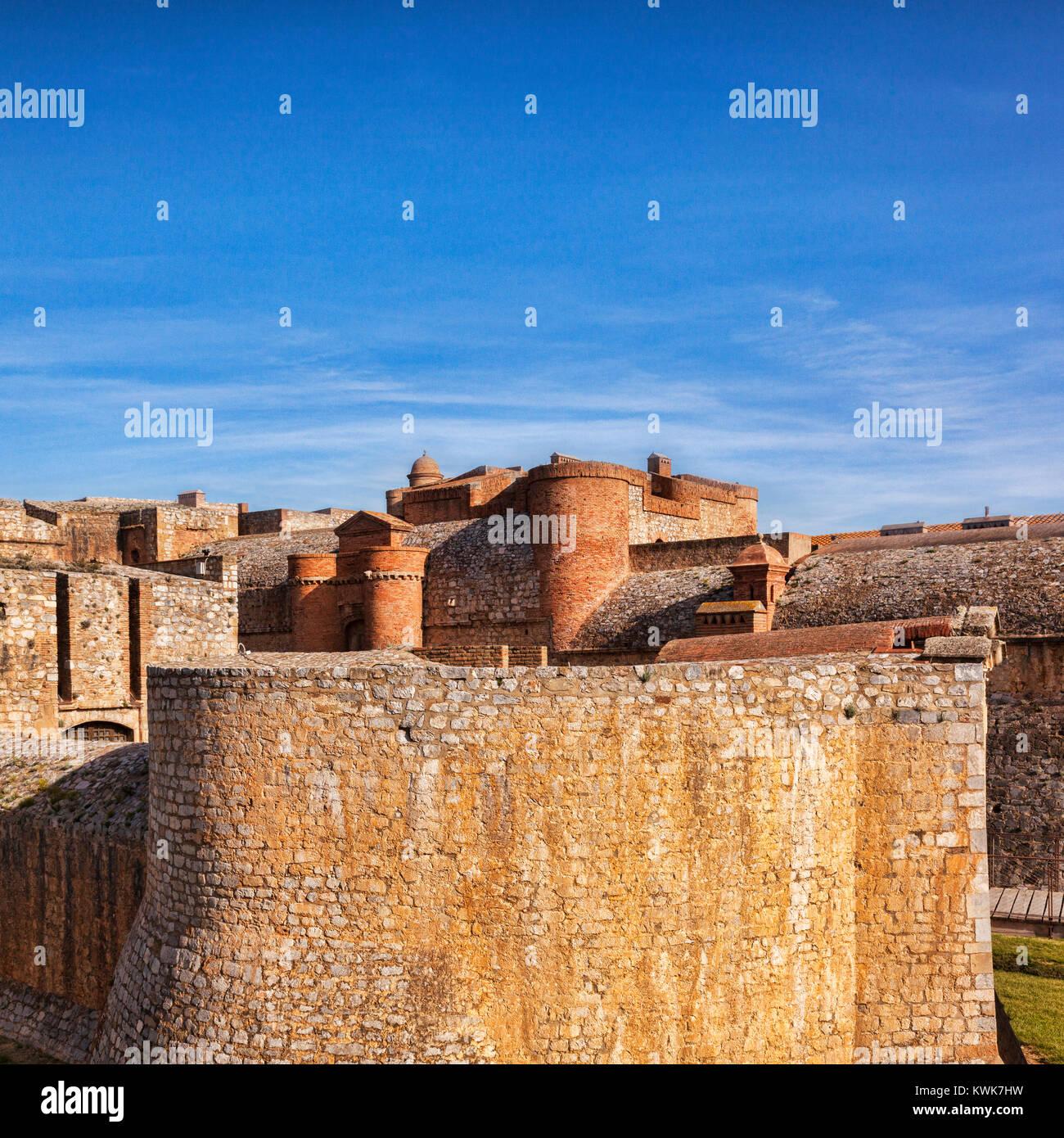 Fort de Salses, Salses-le-Chateau, Languedoc - Rousssillon, Pyrenäen Orientales, Frankreich. Stockbild