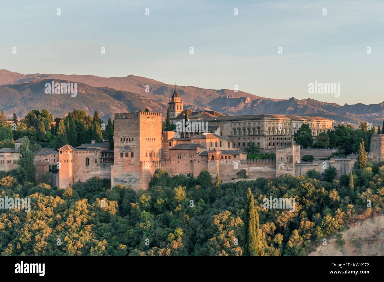 Blick auf die Alhambra vom Mirador de San Nicolas, Granada, Spanien Stockbild
