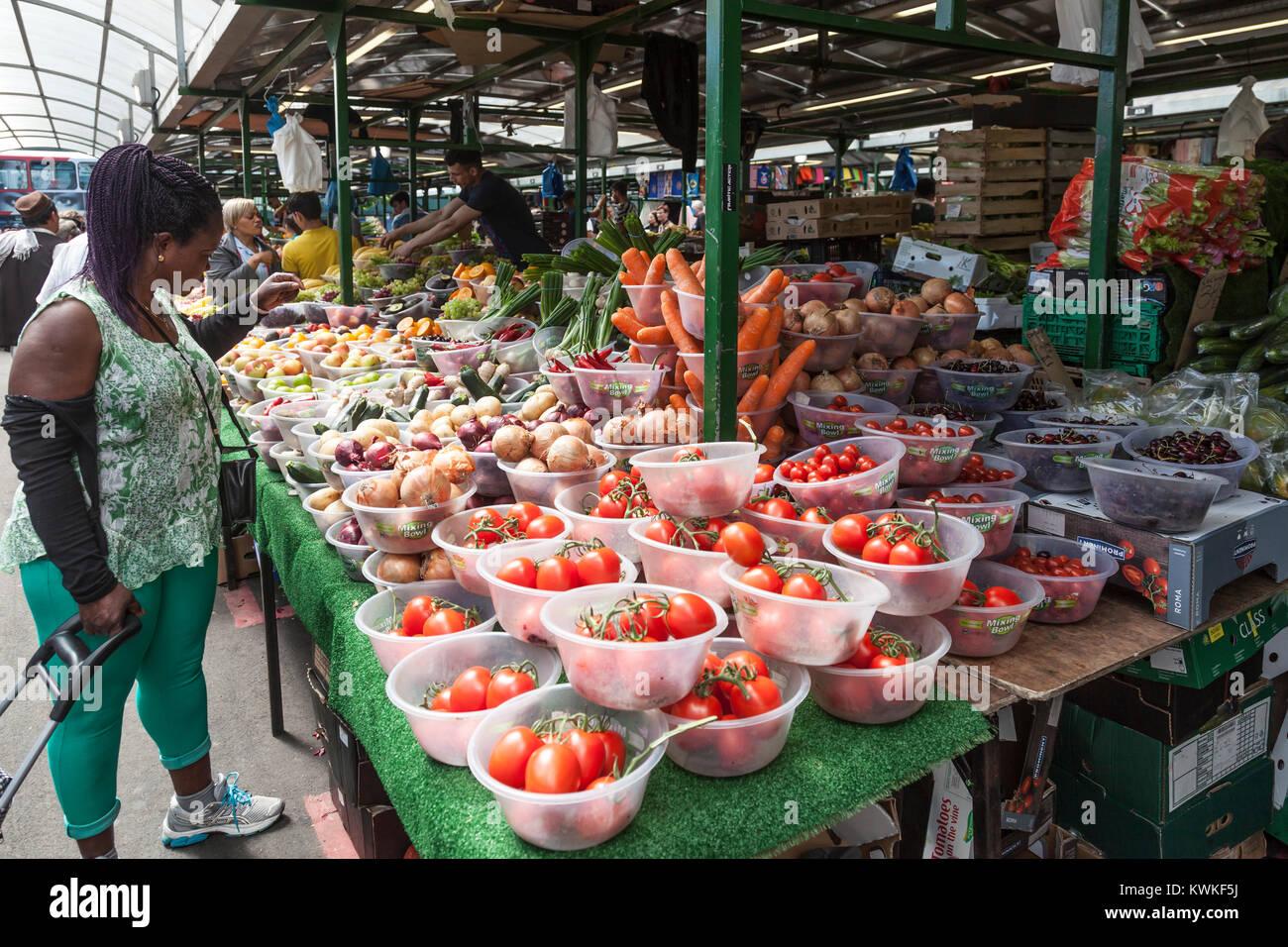 Groß Kücheneinheit Lieferanten Birmingham Fotos - Küchenschrank ...