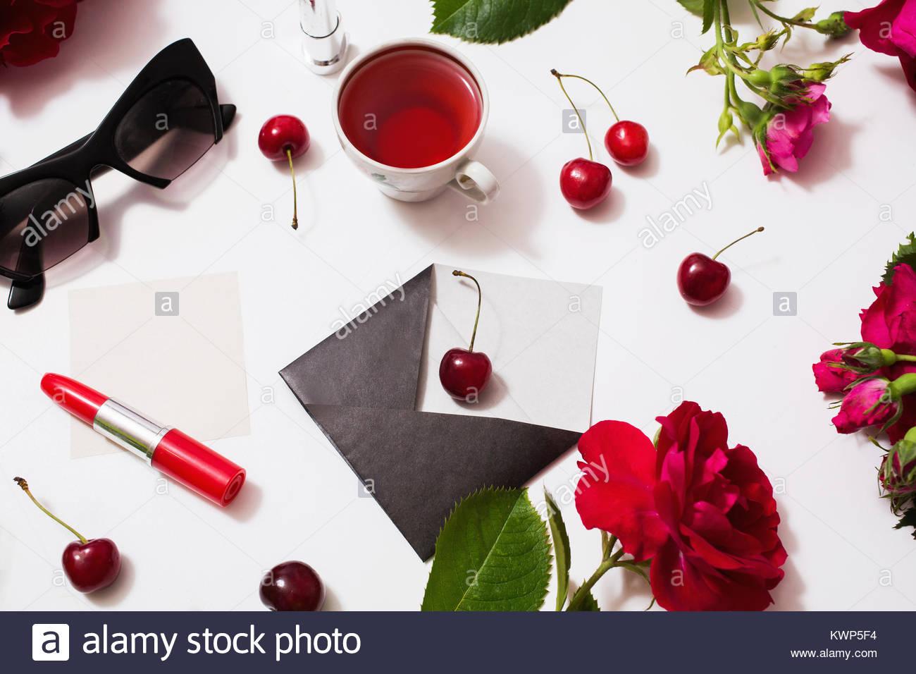 Atemberaubend Roter Und Schwarzer Rahmen Fotos - Rahmen Ideen ...