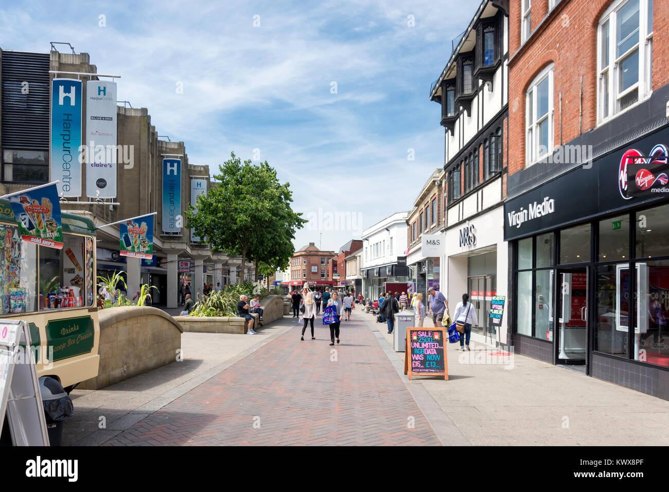 Fußgängerzone Midland Road, Bedford, Bedfordshire, England, Vereinigtes Königreich Stockbild