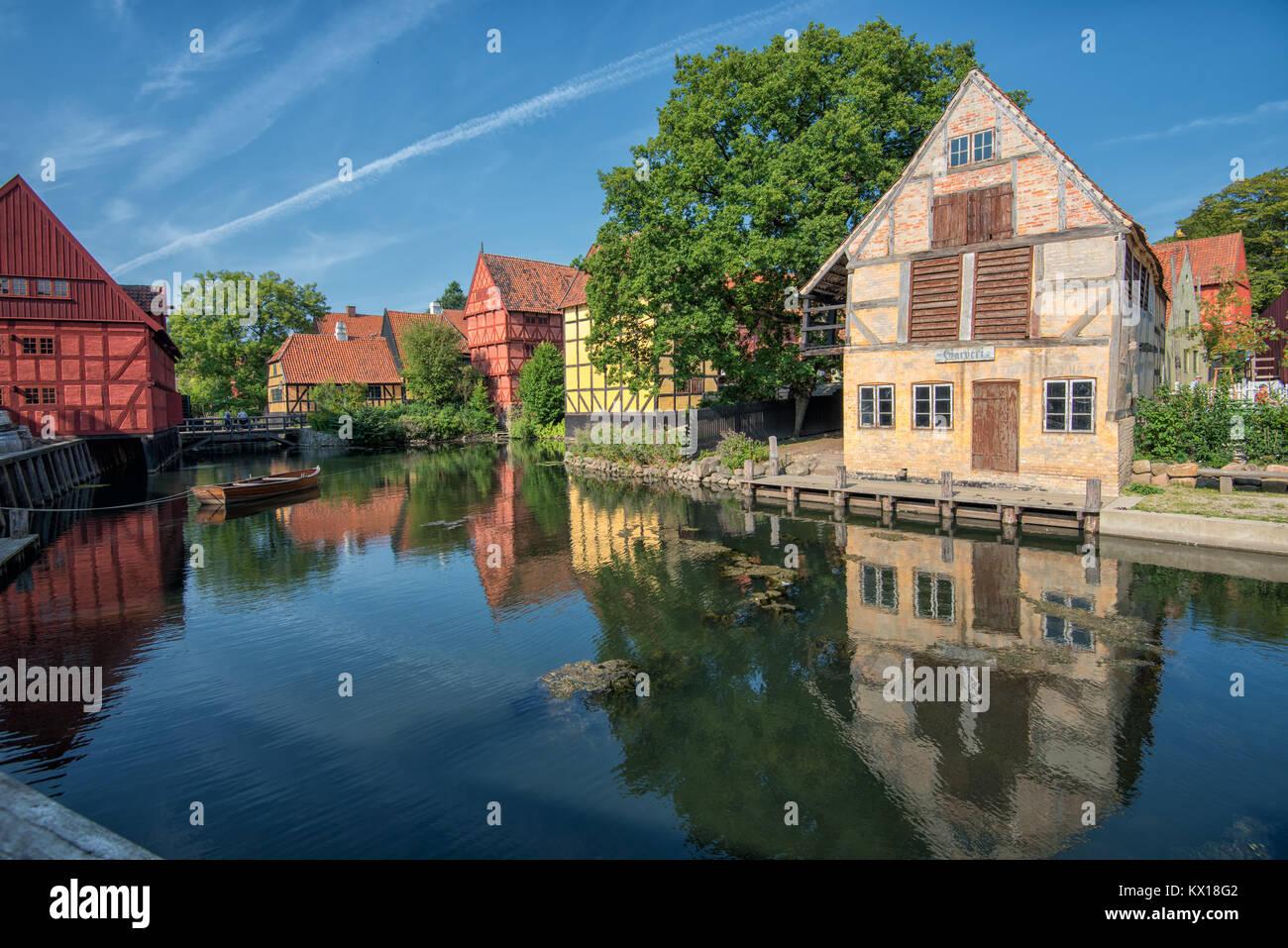 Die Altstadt in Aarhus ist beliebt bei Touristen und es traditionelle dänische Architektur zeigt vom 16. bis Stockbild