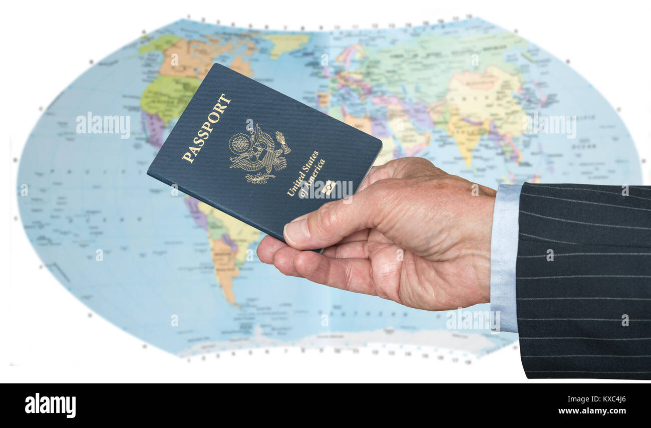 USA Bürger mit Reisepass und Weltkarte Stockbild