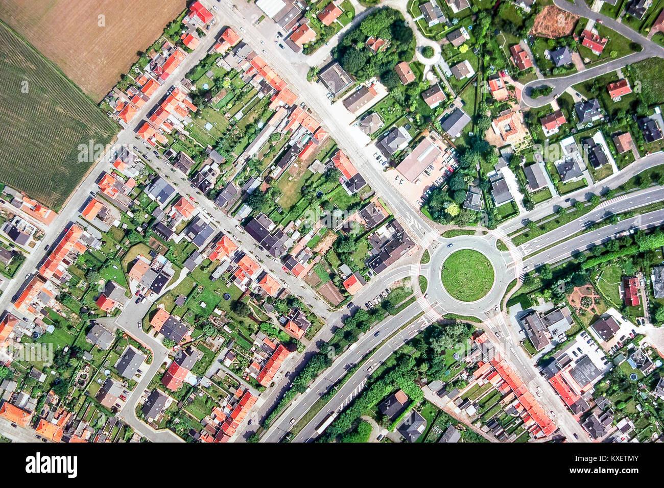 Kreisverkehr/Kreisverkehr/Straße Kreis/Rotary/Rotunde / Insel im Dorf Stockbild