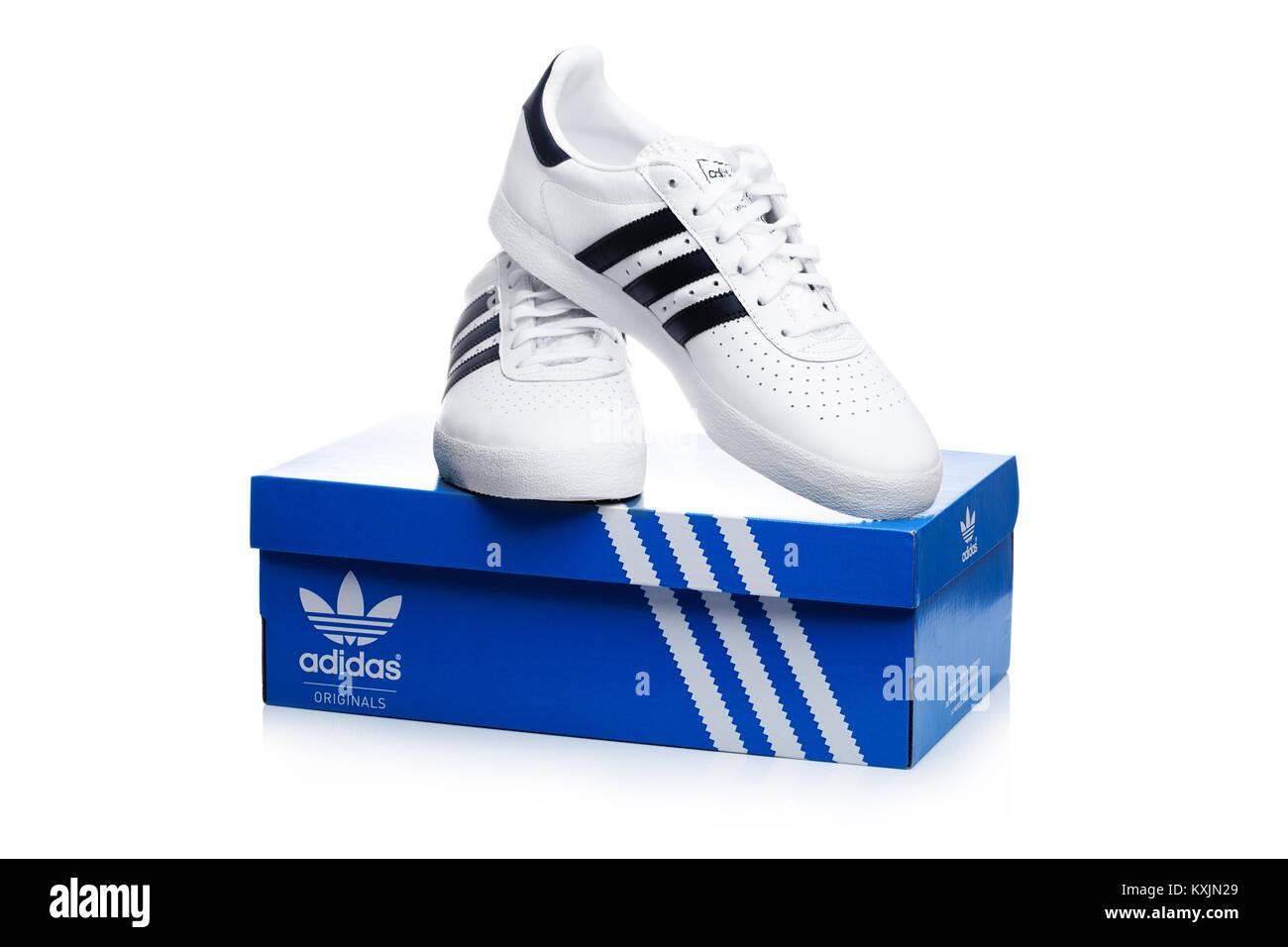 LONDON, Großbritannien 02 Januar, 2018: Adidas Originals