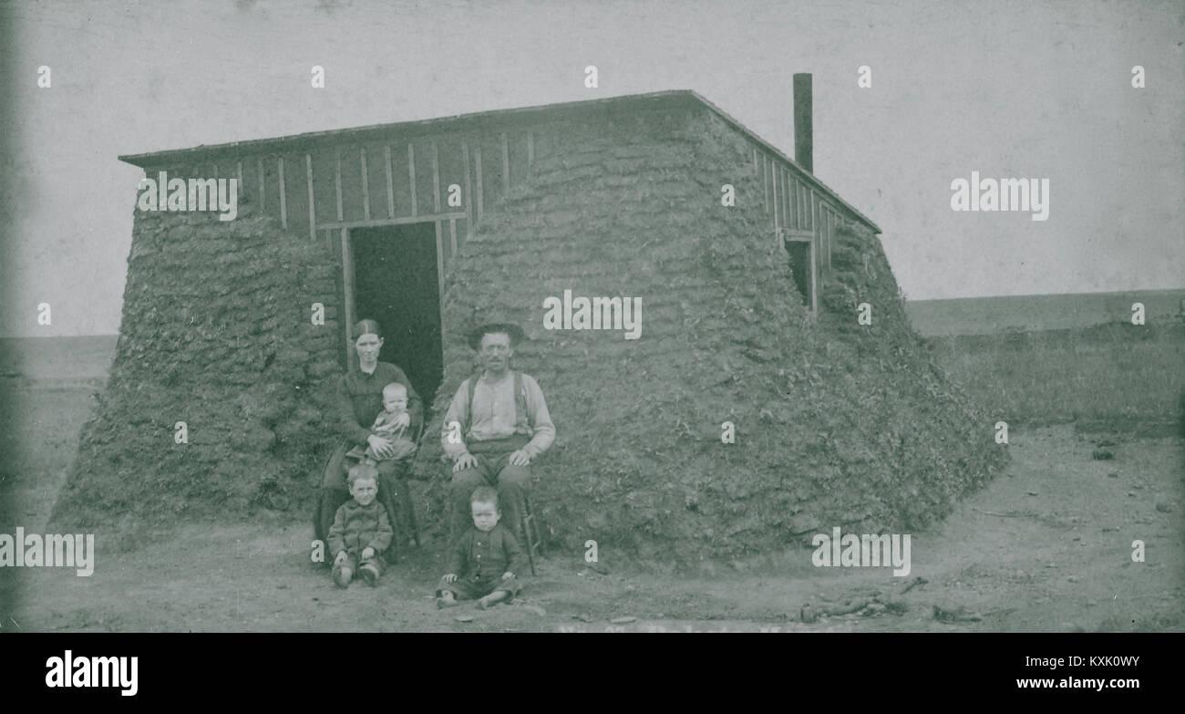 Sod Shanty Ca 1880S-1890 S-Homestead Haus der Sod, und Holz. Stockbild