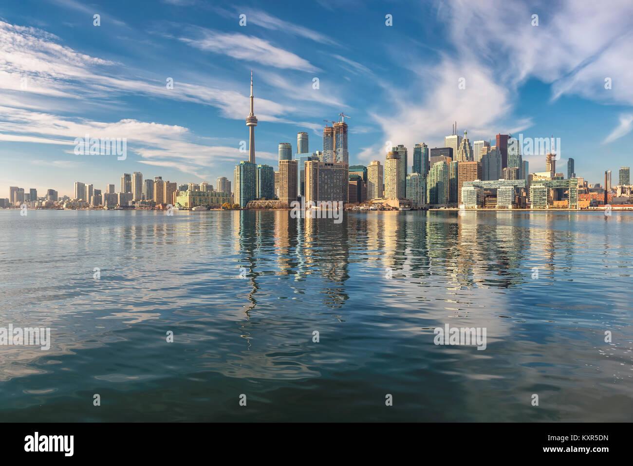 Toronto City Skyline im Sonnenuntergang, Ontario, Kanada. Stockbild