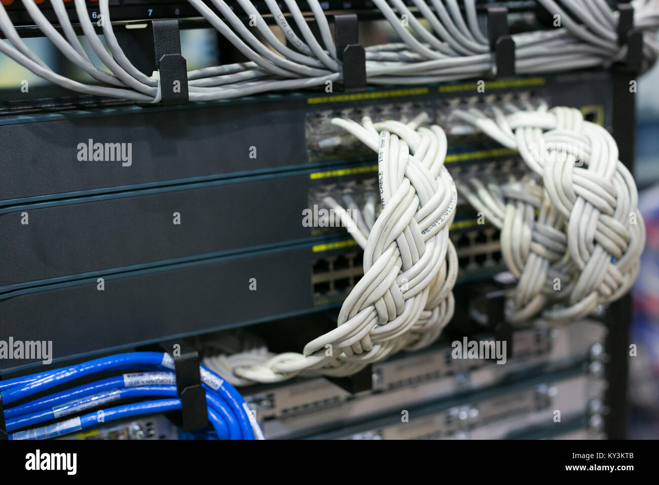 Tolle Draht Router Netzwerk Bilder - Die Besten Elektrischen ...