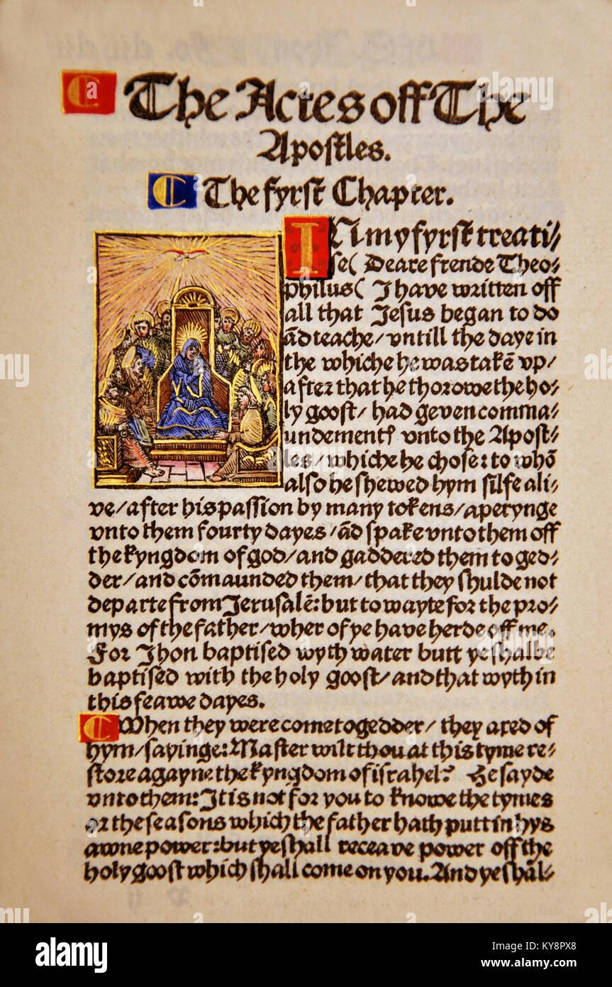 Titelseite aus der Apostelgeschichte in einem Faksimile von William Tyndale's 1525 Edition der englischen Neuen Stockbild