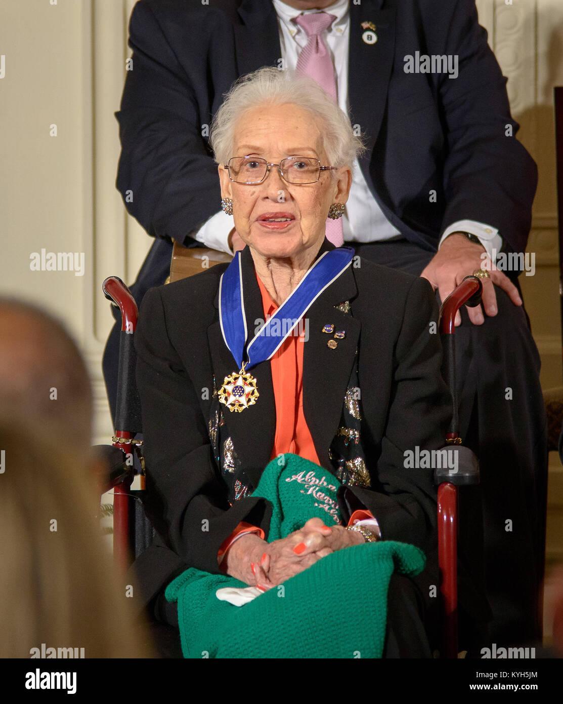 Ehemalige NASA-mathematiker Katherine Johnson empfangen die Presidential Medal of Freedom Stockfoto