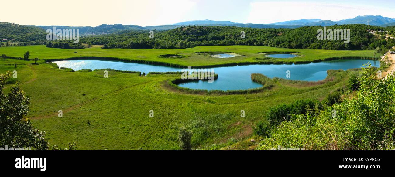 See Burum (Burumsko jezero) in der Nähe von Knin, Dalmatien, Kroatien Stockbild