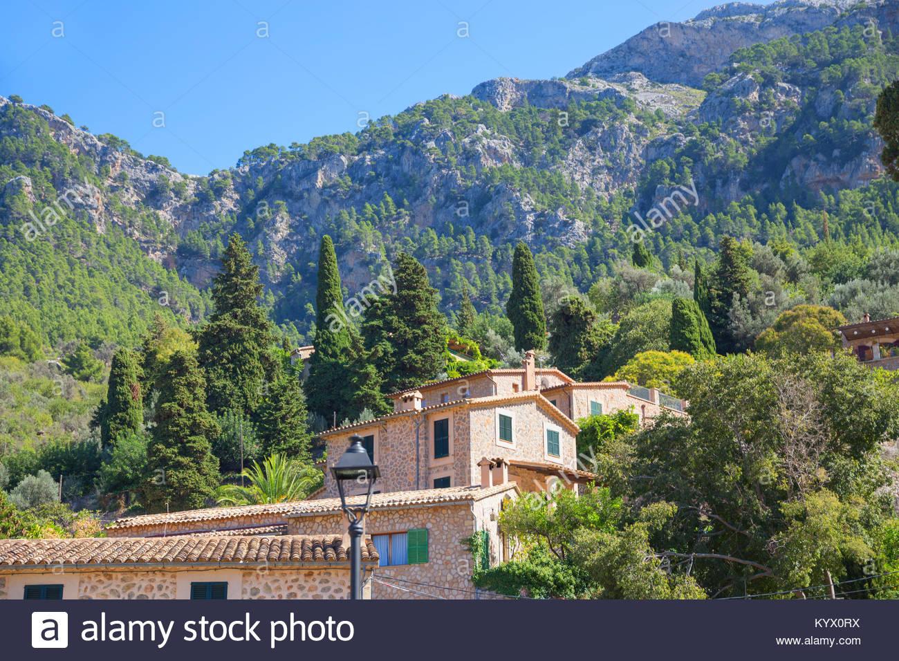 Dorf Deia, Deia, Mallorca, Balearen, Spanien, Europa Stockbild