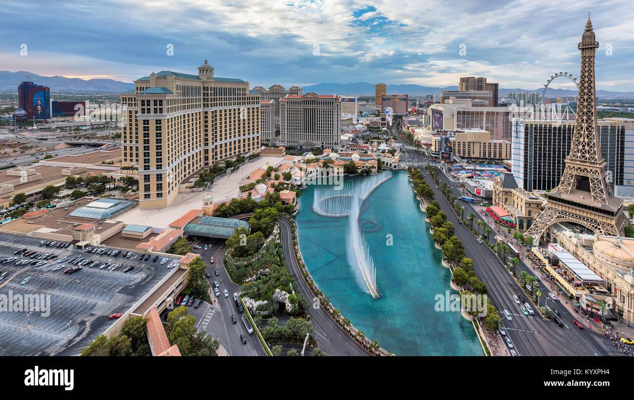 Las Vegas Strip Skyline bei Sonnenuntergang Stockbild