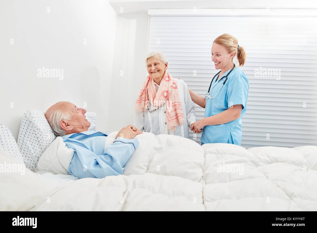 Charmant Krankenhaus Cna Jobs Bilder - Menschliche Anatomie Bilder ...