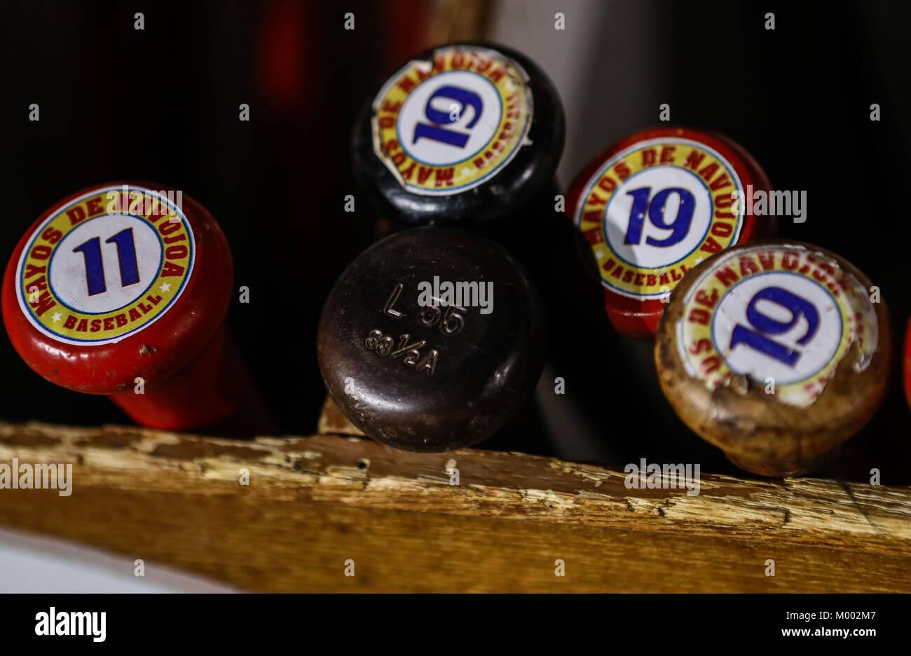 Las mejores de bat y equipo   material deportivos de Mayos de Navojoa 6c5bd4a85b8