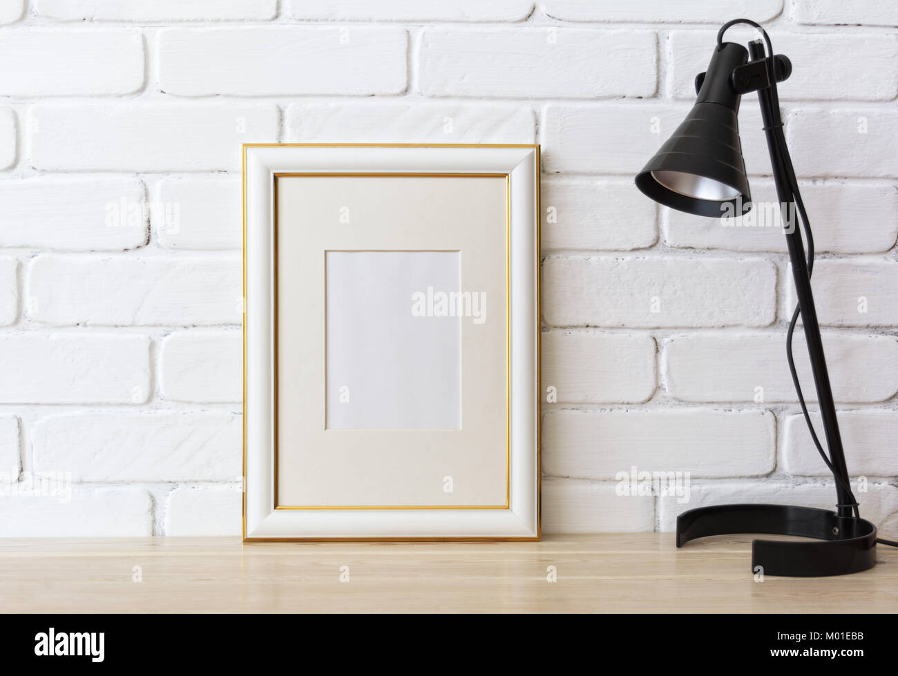 Atemberaubend Framing Eine Badezimmerwand Galerie ...