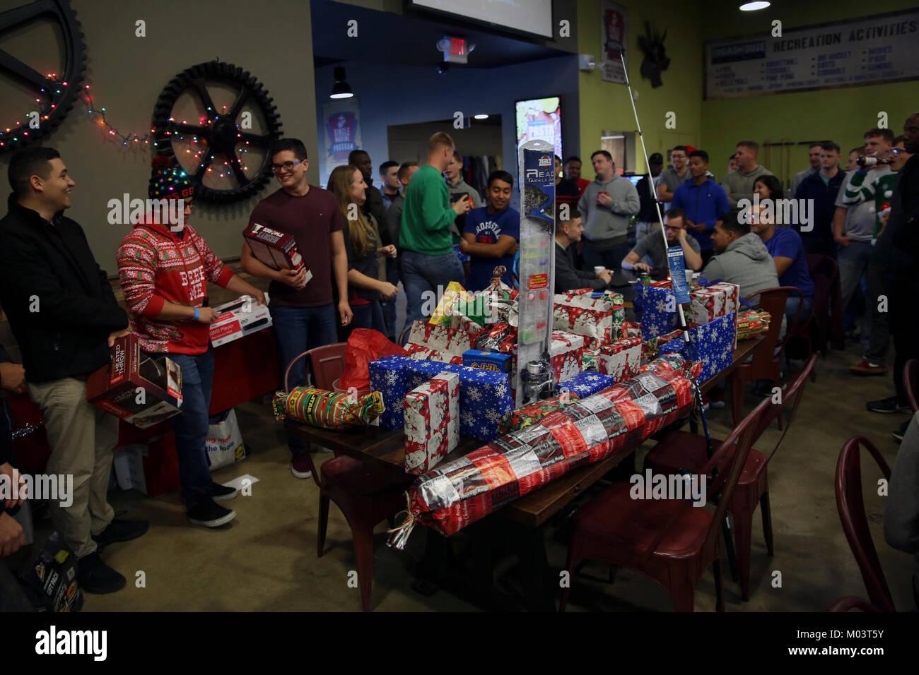 Movies And Christmas Stockfotos & Movies And Christmas Bilder - Alamy