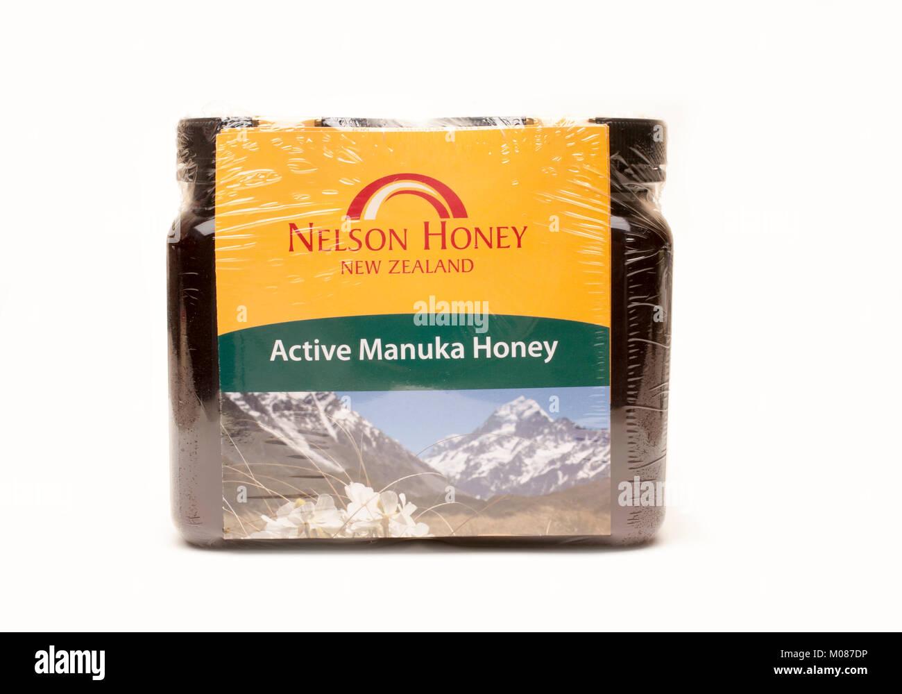 Multi Pack von Manuka Honig auf einem weißen Hintergrund (nicht Schneiden) Stockbild