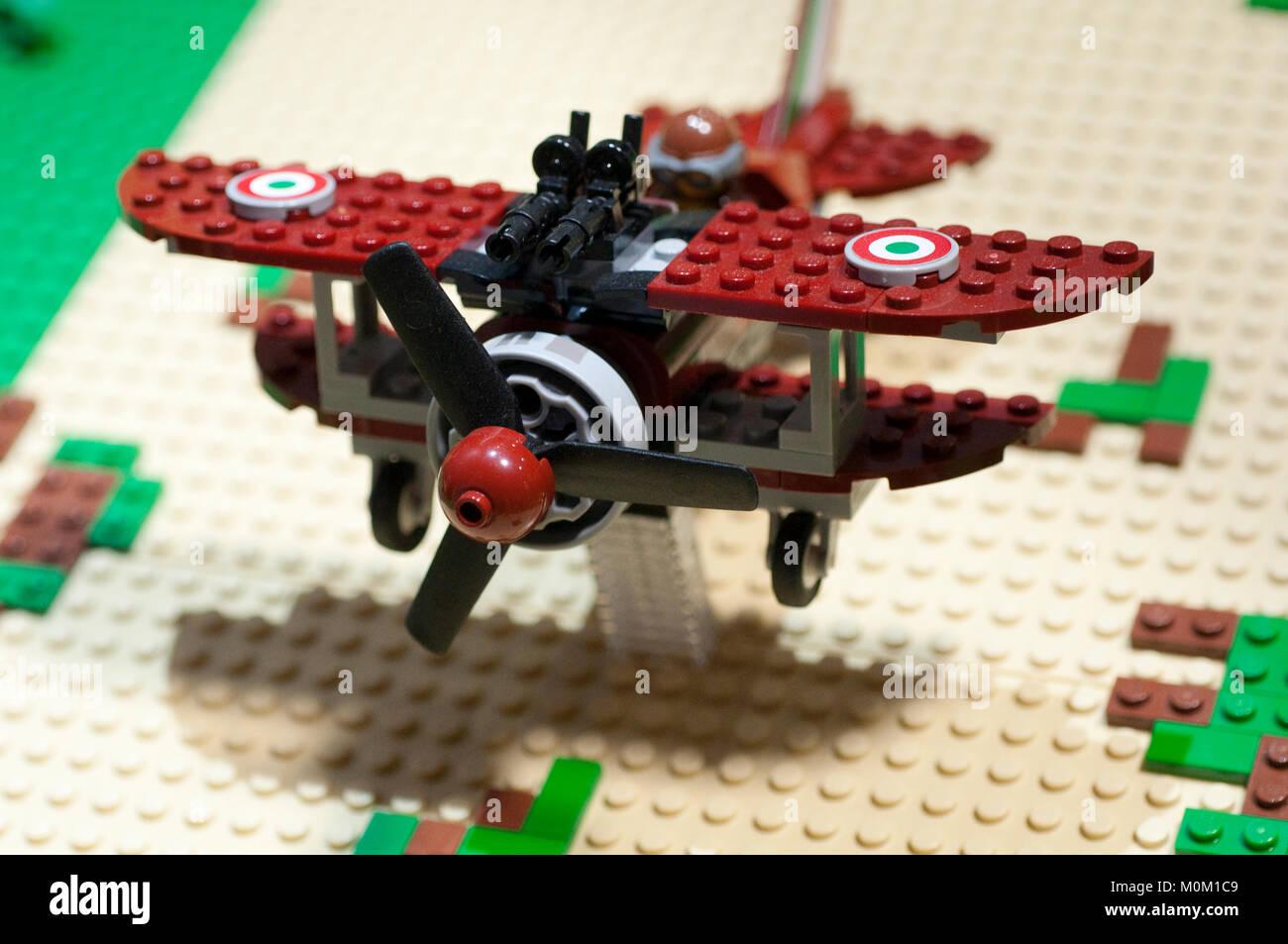 Flugzeug Lego Stockfoto Bild 172543849 Alamy