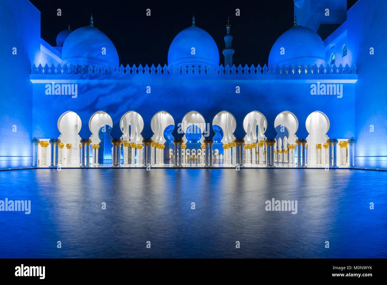 Die Architektur der Sheikh Zayed Moschee in Abu Dhabi, VAE Stockbild