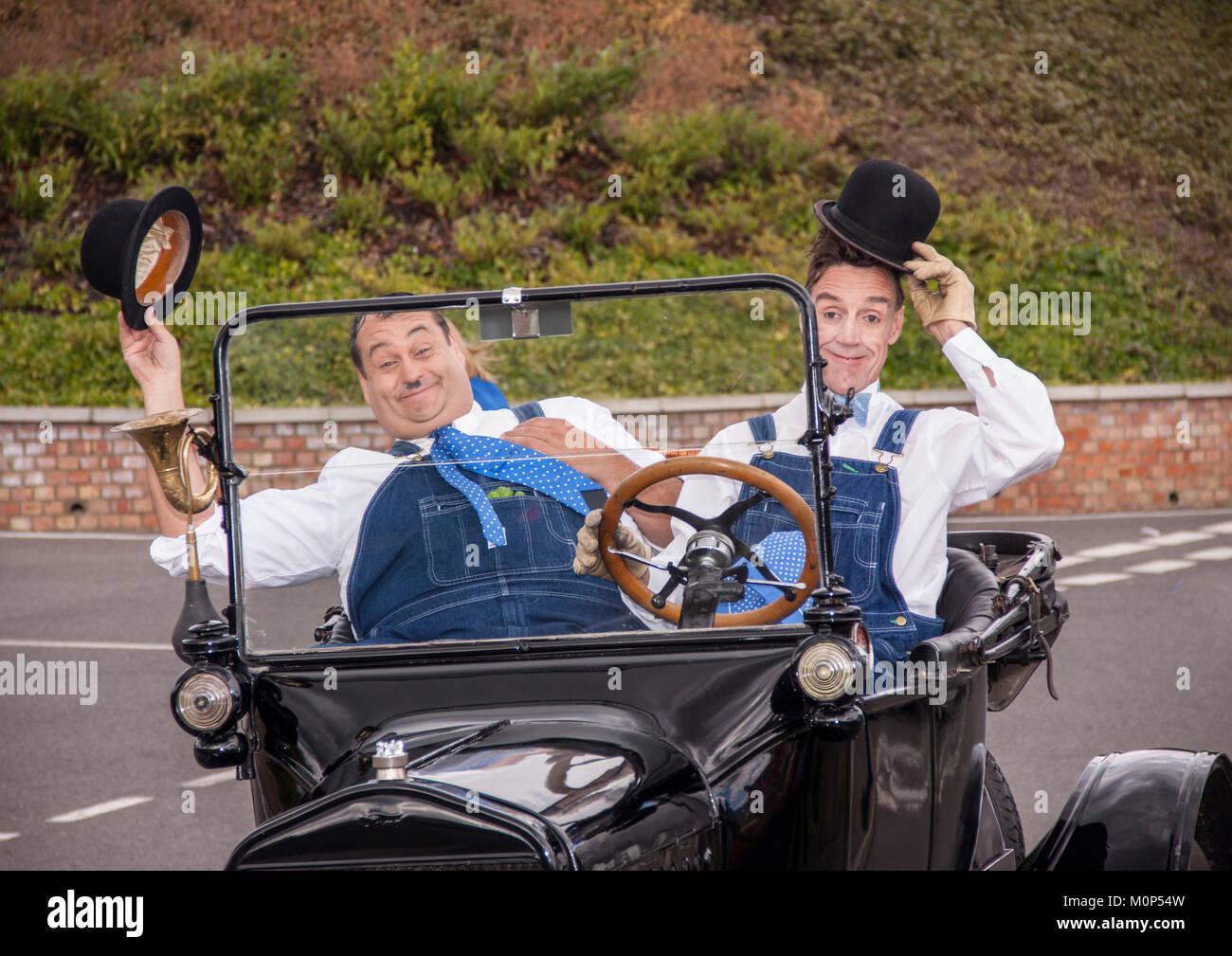 Laurel und Hardy Look-a-likes Durchführen einer Komödie Programm in Oxfordshire Stockbild