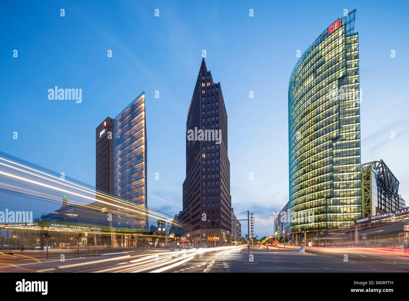 Potsdamer Platz, Berlin, Kollhoff-Tower, Sony Center, DB-Tower, Beisheim Center, S-Bahn-Eingang, Berlin Mitte, DeutschlandStockfoto