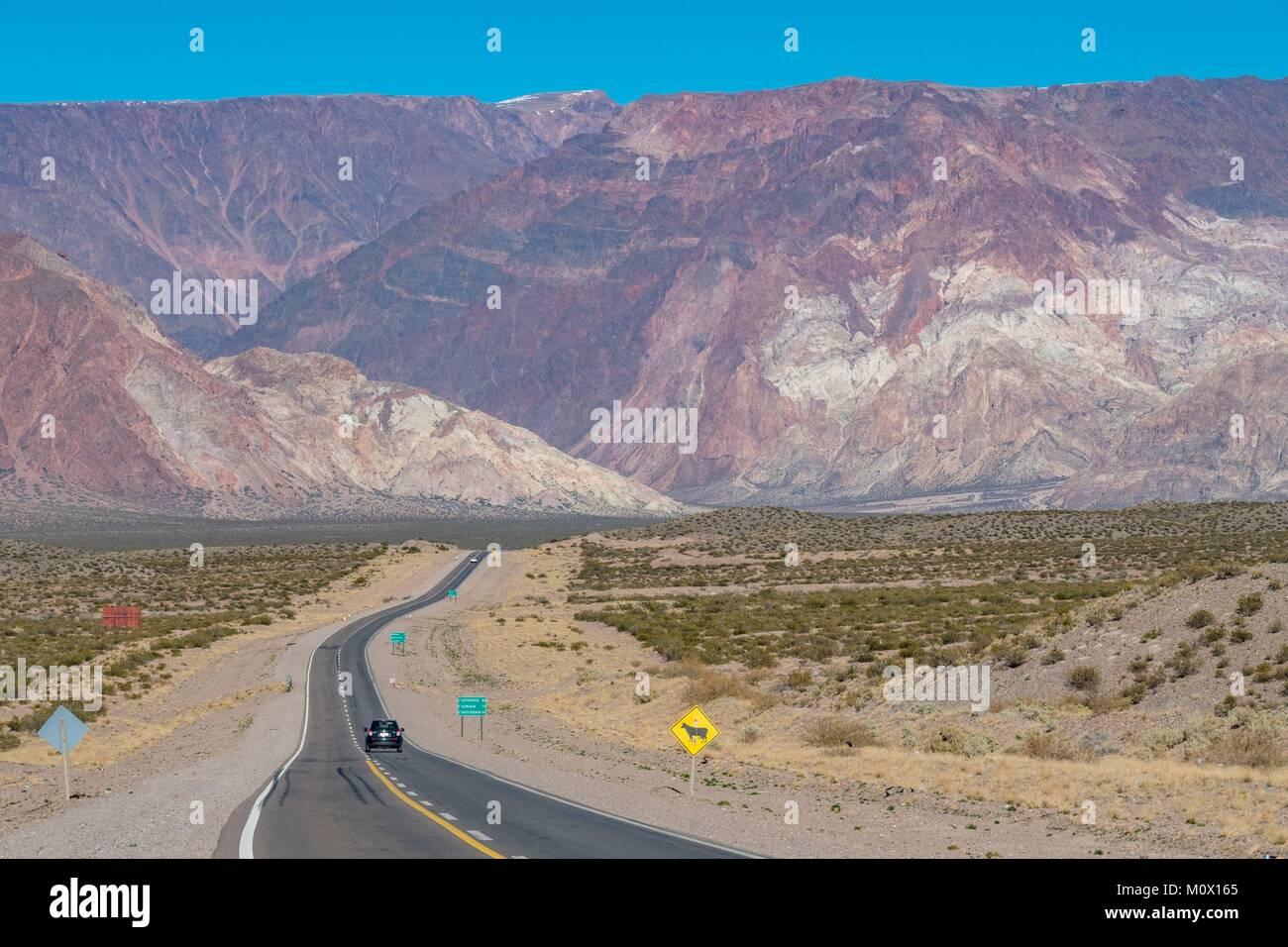 Argentinien, Mendoza, Provinz, Polvaredas, RN 7 Straße zur chilenischen Grenze Stockbild