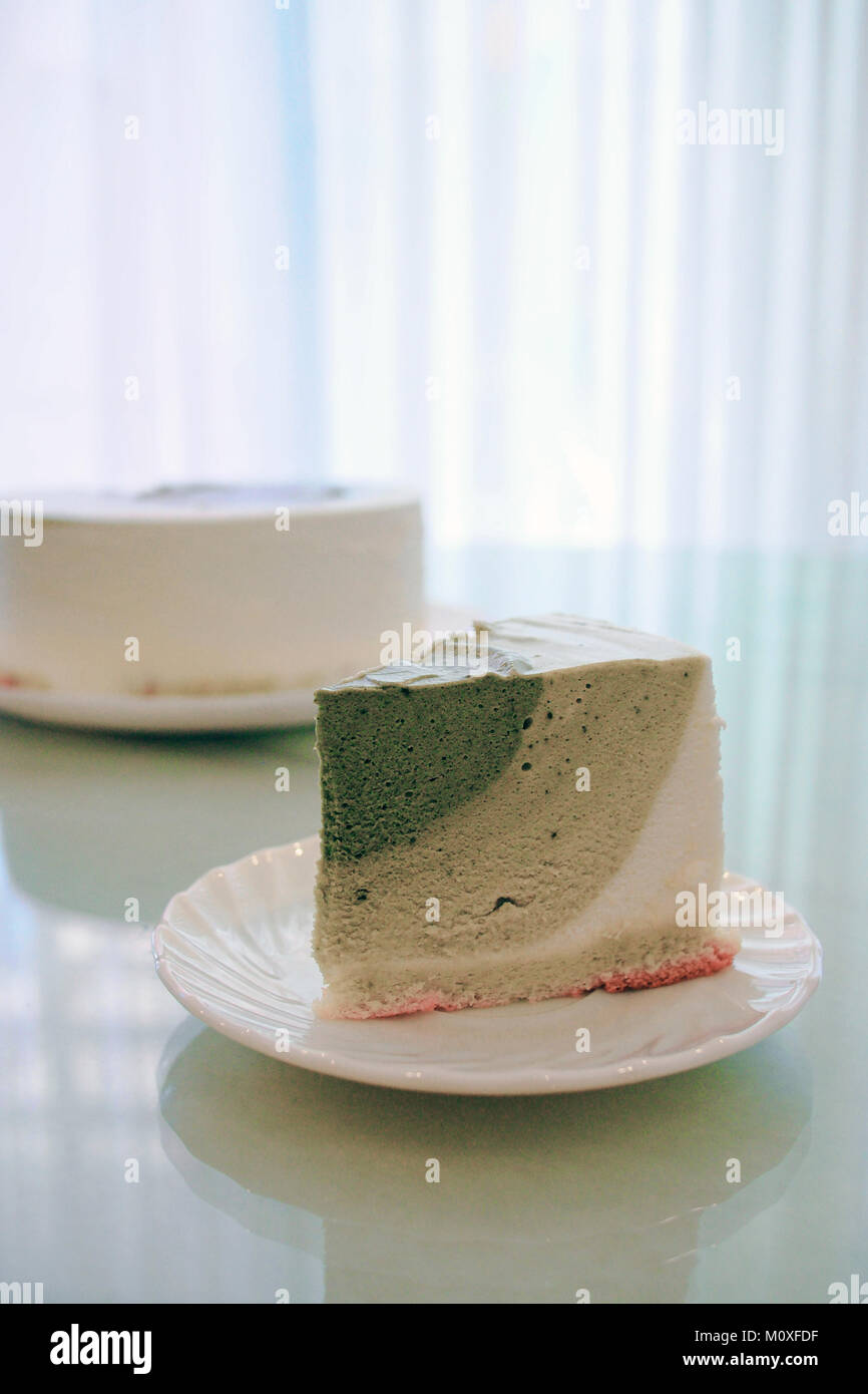 Matcha Grüntee Mousse Cake Stockfoto