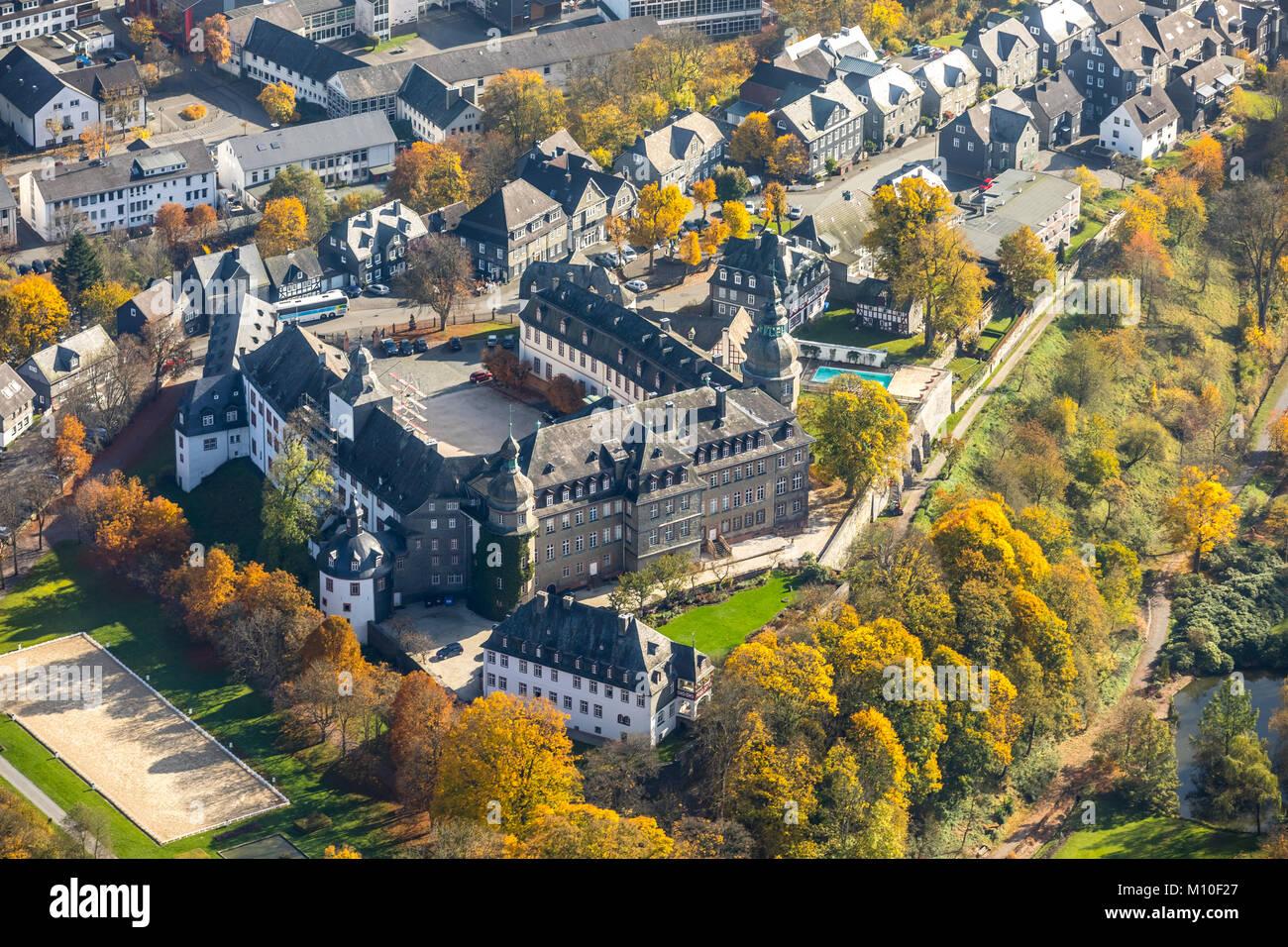 Schloss Berleburg, Schloss Schänke, Goldener Oktober, Indian Summer ...