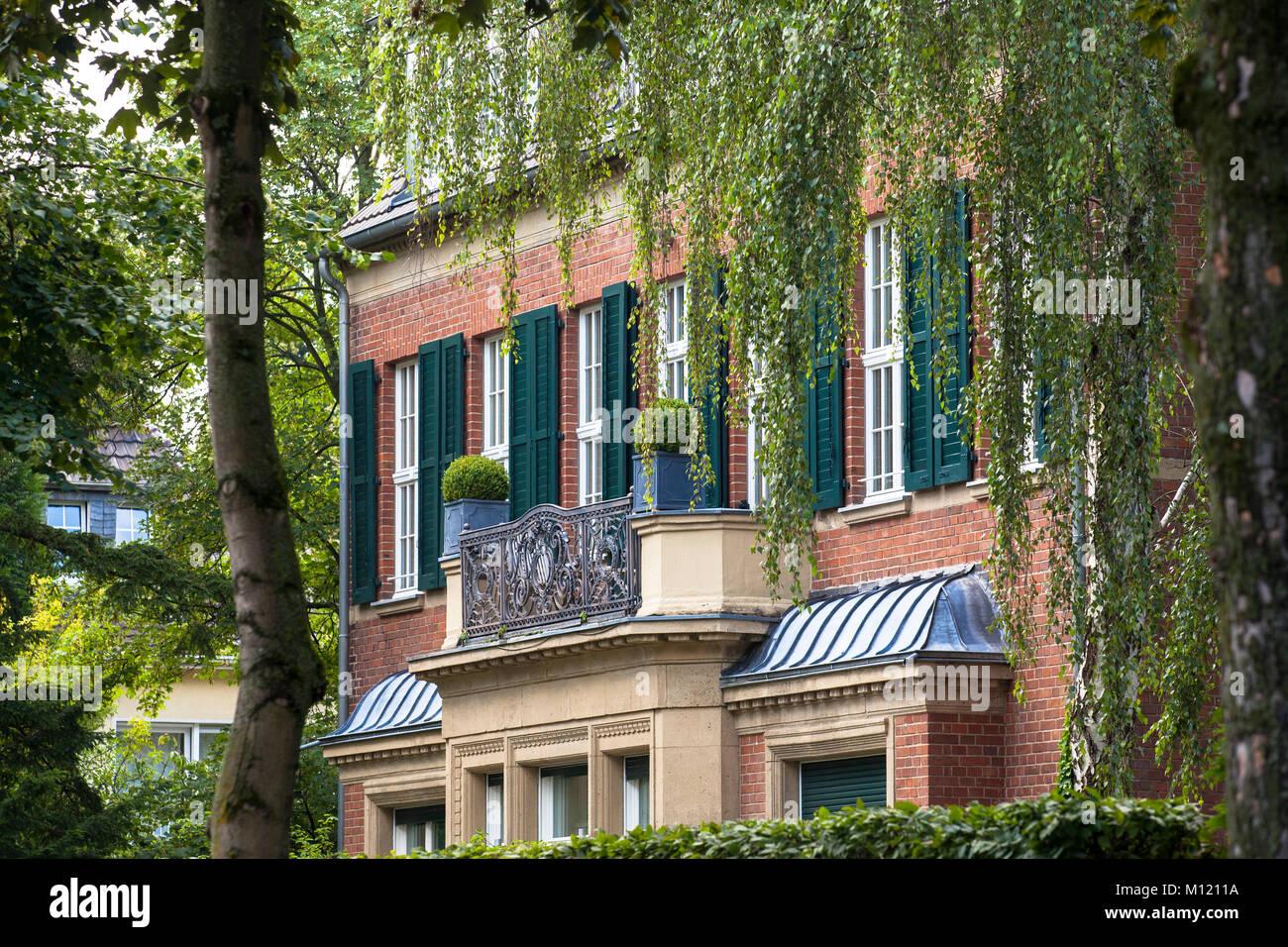 deutschland k ln villa im stadtteil marienburg deutschland koeln villa im stadtteil. Black Bedroom Furniture Sets. Home Design Ideas