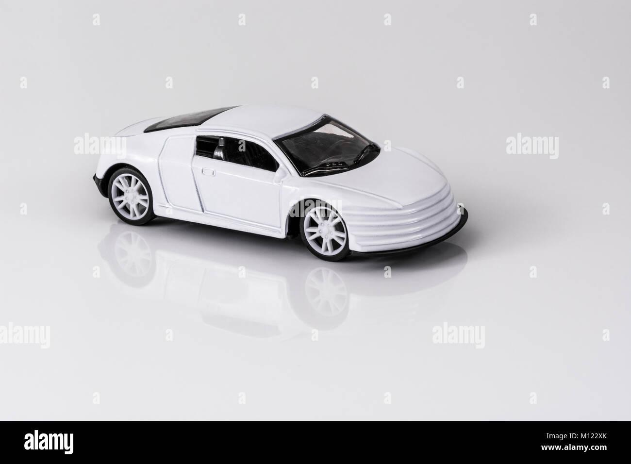 Kleines Spielzeug Sport Auto/Auto Spielzeug auf reflektierende ...
