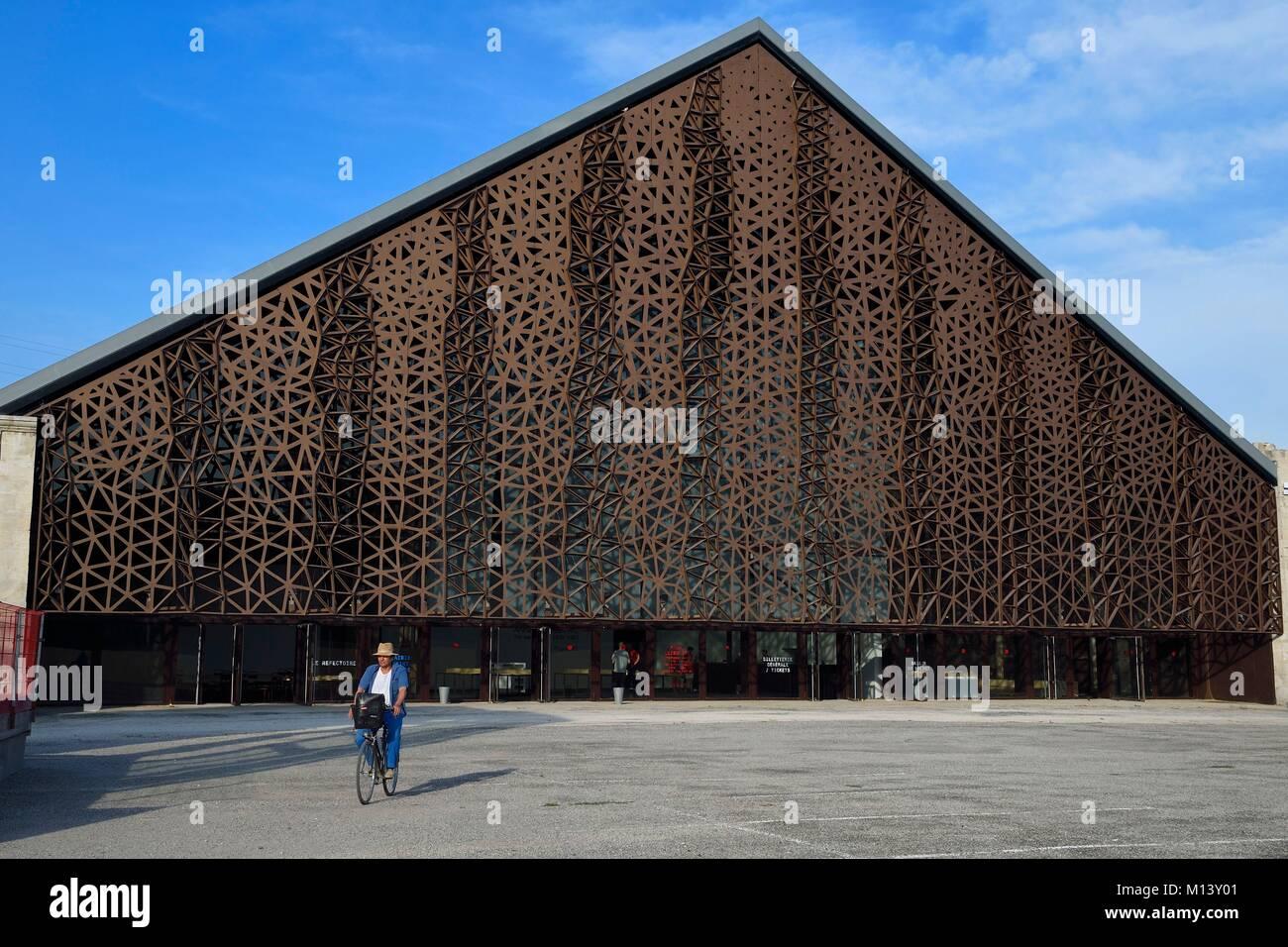 Frankreich, Bouches-du-Rhone, Arles, LUMA Foundation, experimentelle kulturellen Komplex, Grande Halle durch einen Stockbild