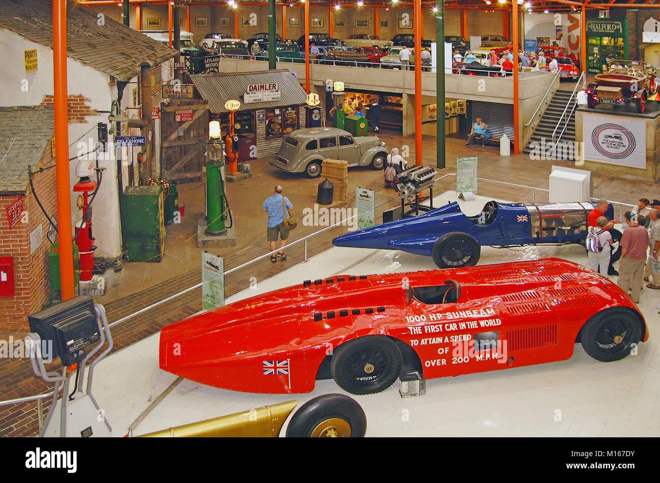 Innerhalb der National Motor Museum in Beaulieu, New Forest, Hampshire, England, Großbritannien, Großbritannien Stockbild