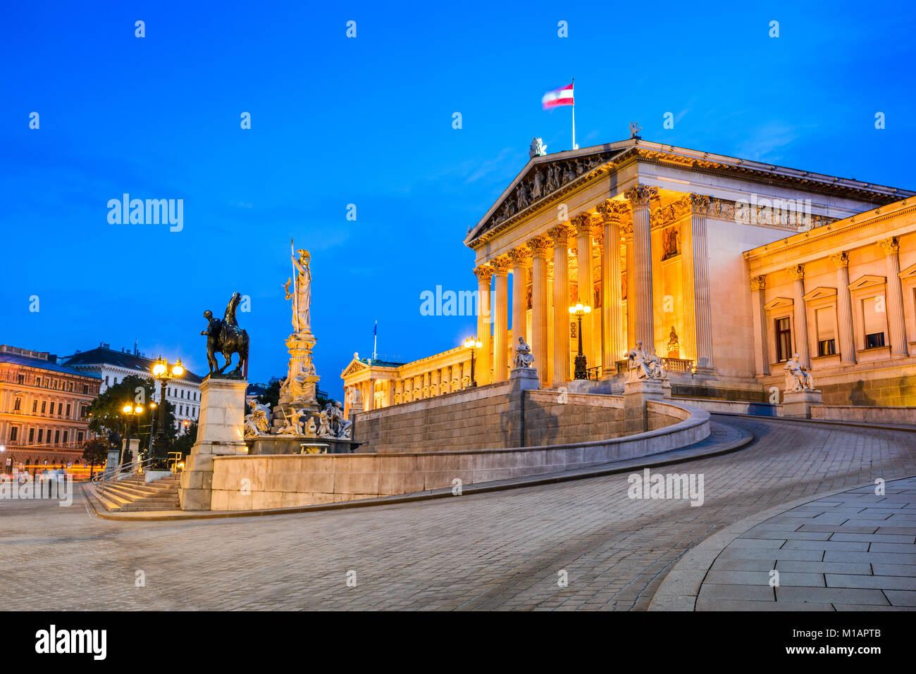 Wien, Österreich. Österreichisches Parlament Gebäude, Ringstraße, Innere Stadt in Wien. Stockbild