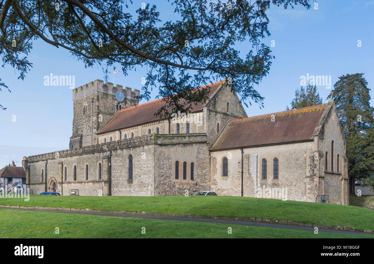St Peter's Anglican Pfarrkirche, einem denkmalgeschützten alten Kirche, auf dem britischen Markt Stadt Stockbild