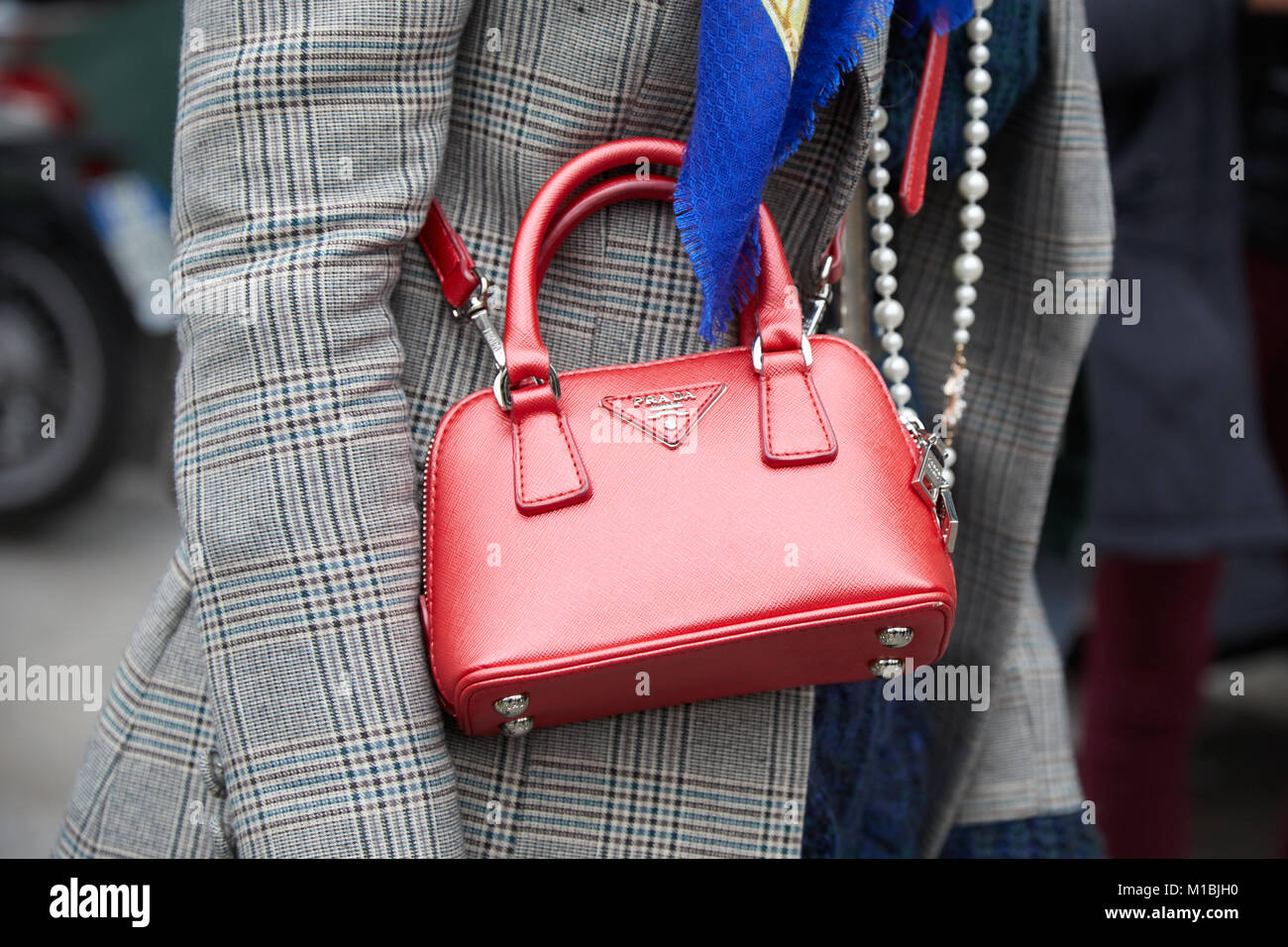 47b30598c3b08 Prada Bag In Milan Stockfotos   Prada Bag In Milan Bilder - Alamy