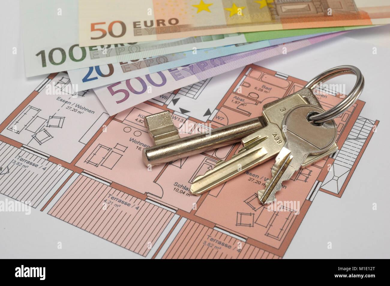 Wohnungsschlüssel und Euro Geldscheine als Miete für Wohnung Stockbild