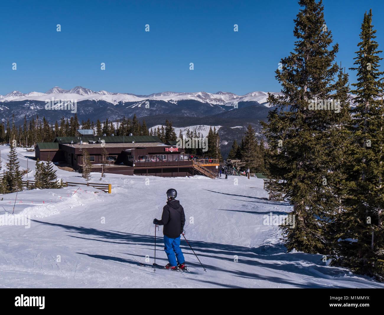 Der Tag übersehen Lodge und Restaurant auf der Spitze Spitze 9, Breckenridge Ski Resort, Breckenridge, Colorado. Stockbild