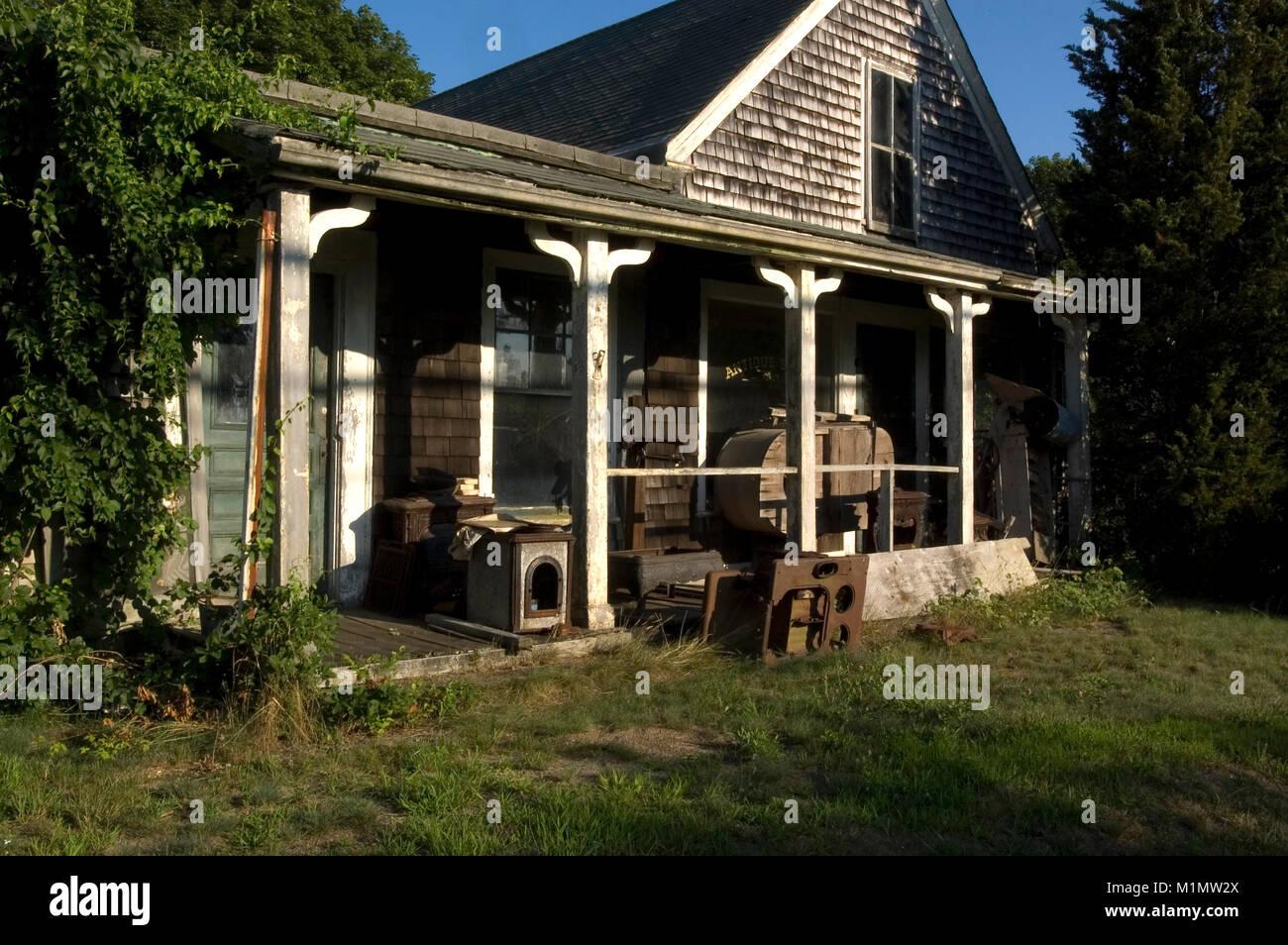 Eine verlassene Antique Shop in West Yarmouth, Massachusetts, auf Cape Cod, USA Stockfoto