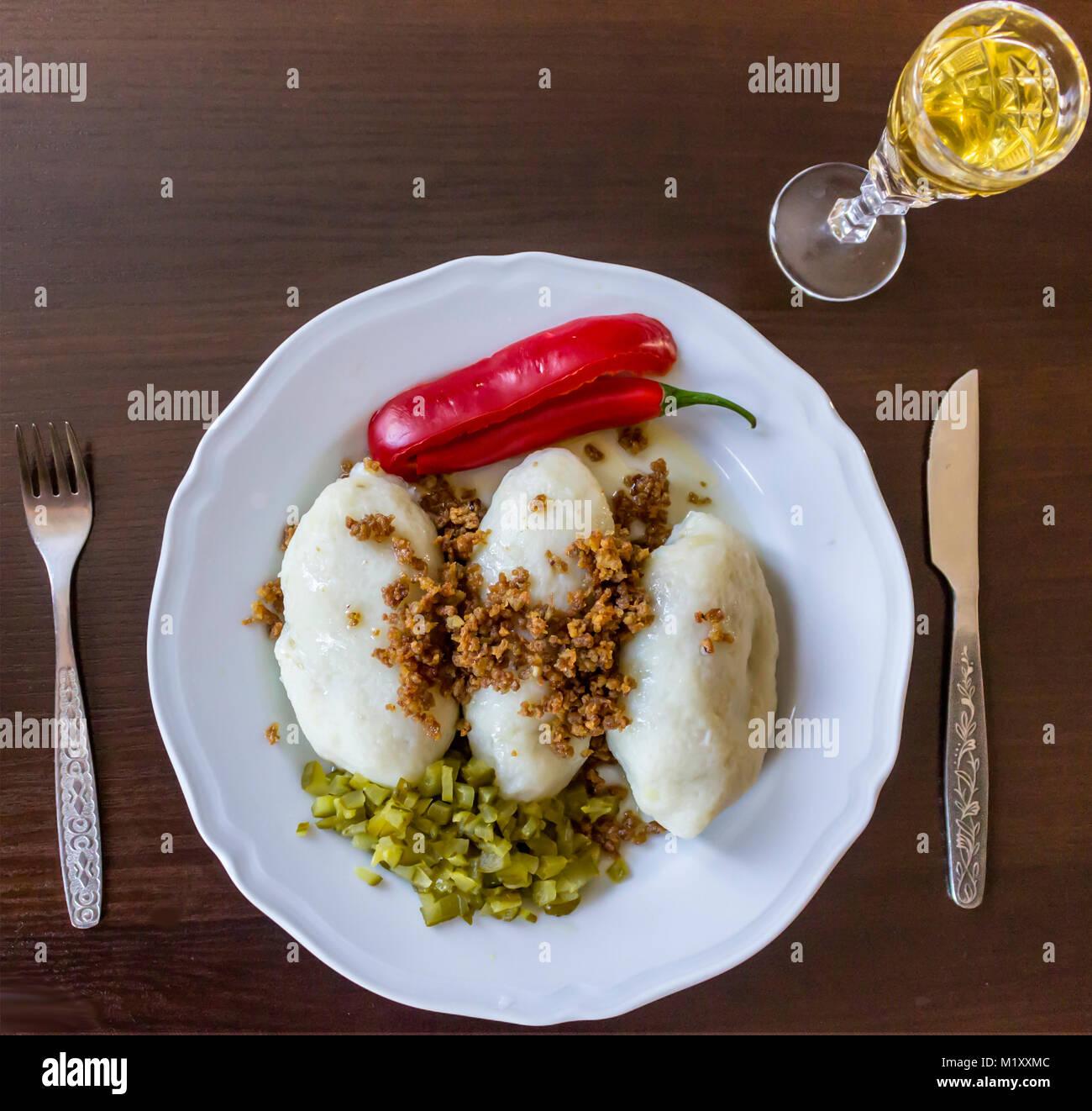 Litauische Küche   Kartoffel Knodel Ein Traditionelles Gericht Polnische Litauische