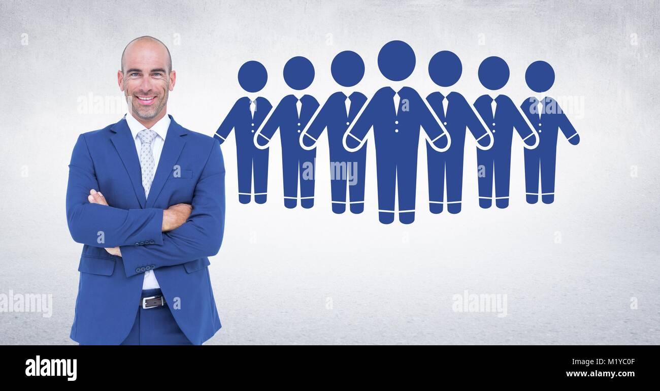 Geschäftsmann falten Arme mit Menschen Gruppe Symbole Stockbild