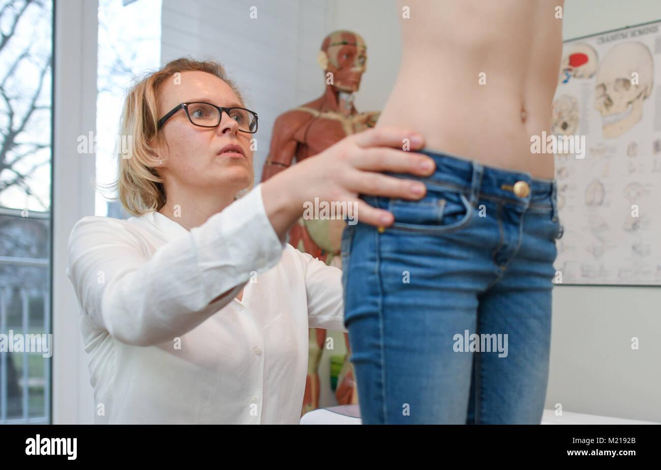 Petit nudepics Nude Photos