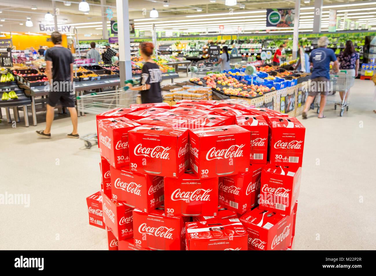 Mini Kühlschrank Cola Dose : Dosen cola coca cola auf verkauf in einem woolworth supermarkt in