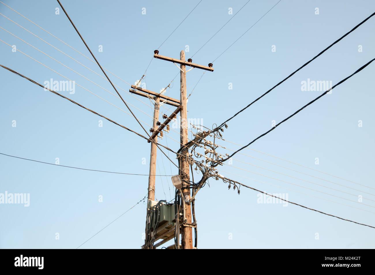 Old Fashion elektrische Übertragungsnetz in Griechenland Stockbild