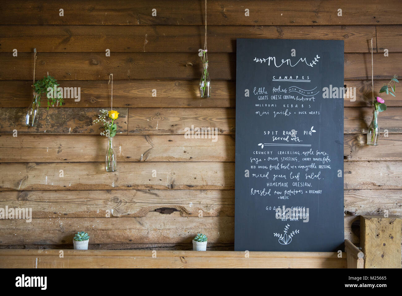 Blackboard Menu Sign Stockfotos Blackboard Menu Sign Bilder Alamy
