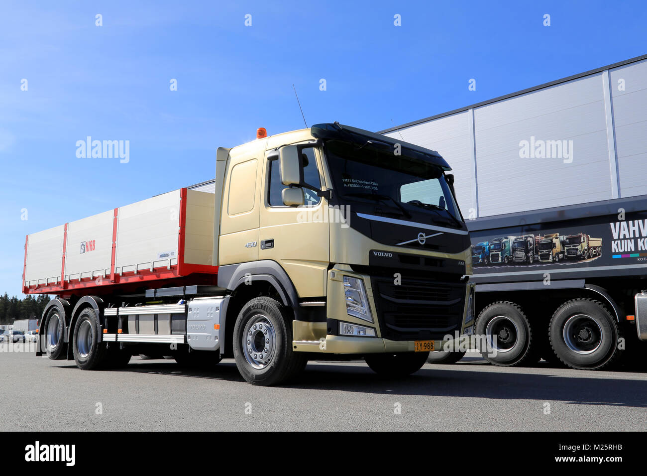 volvo fm stockfotos volvo fm bilder alamy. Black Bedroom Furniture Sets. Home Design Ideas